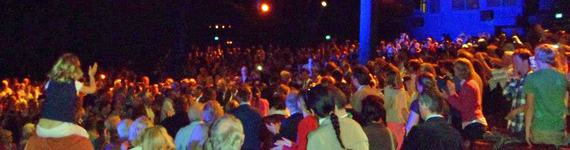 Die Arena del Mar war komplett mit 2000 Gästen ausgebucht und die Veranstaltung wurde zusätzlich auf 3 Großbildflächen als Public Viewing übertragen