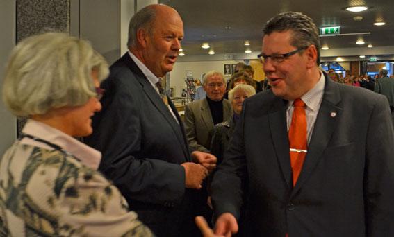 Stadtpräsidentin Kathrin Oehme und Claus Peter Dieck